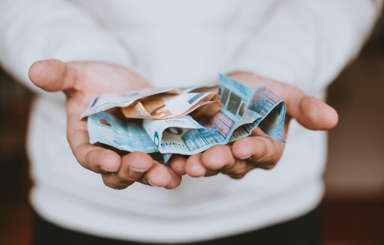 Ist Gewerbestrom teurer als Privatstrom?